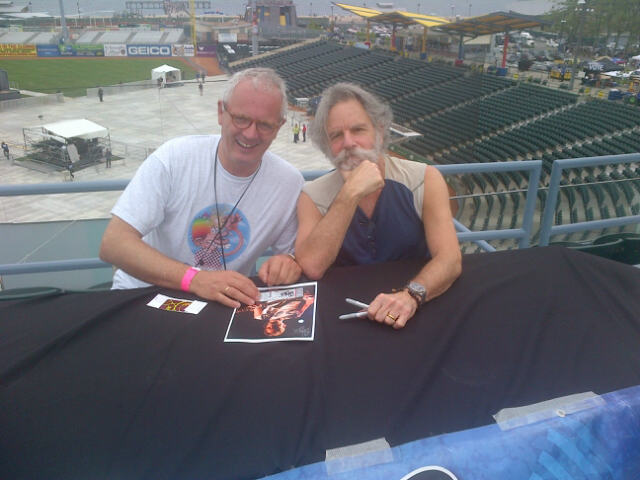 Thorstein med Bob Weir fra The Grateful Dead før Furthur-konserten